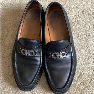 Almost new men's Ferragamo black leather loafers